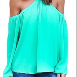 Tops - Spaghetti straps drop sleeve halter top !